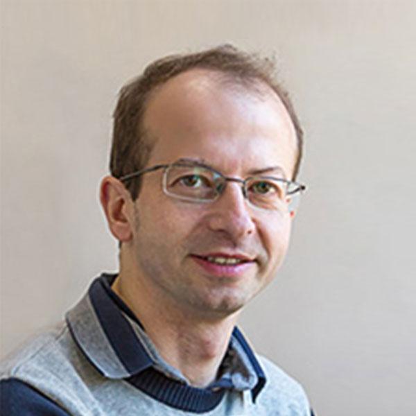 Dr. Alexander Rouvinski